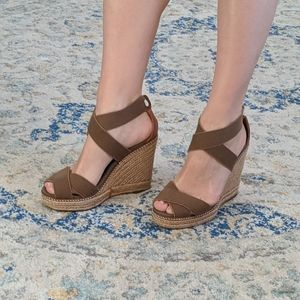 Tory Burch espradilles wedges taupe olive 8.5